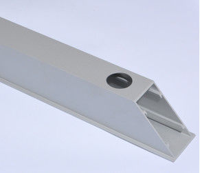 China Building Silver Anodized Aluminium Rectangular Tube with CNC Deep Processing supplier