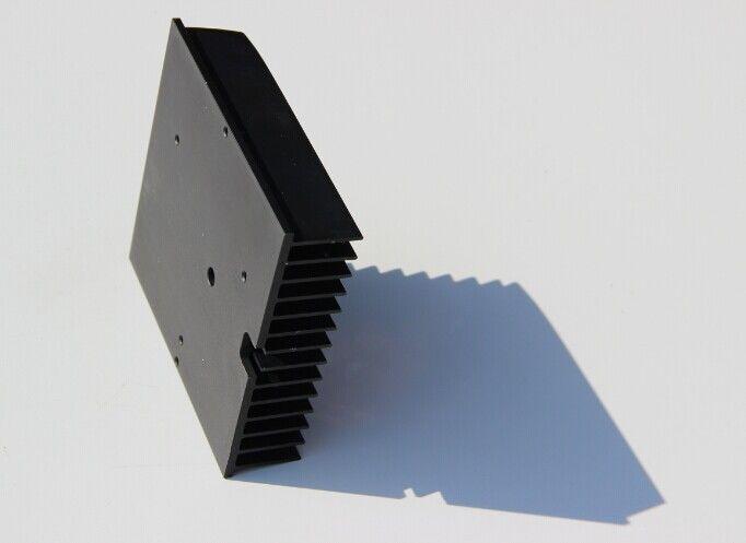 Industrial Aluminium Heatsink Extrusions Black Anodized 6063